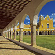 The Yellow City Of Izamal, Mexico Poster