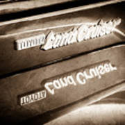 Toyota Land Cruiser Emblem  -0584s Poster