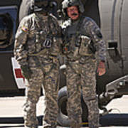 Uh-60 Black Hawk Crew Chiefs Poster