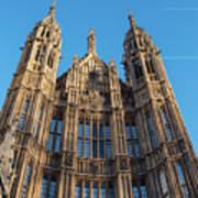 View Of The Top Detail Of The Parlament House In London Poster