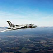 Vulcan In Flight 2 Poster