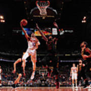 Cleveland Cavaliers V Phoenix Suns Poster