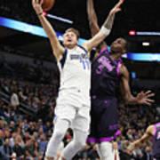 Dallas Mavericks V Minnesota Poster