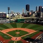 Houston Astros V Pittsburgh Pirates Poster