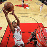 San Antonio Spurs V Chicago Bulls Poster