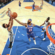 San Antonio Spurs V New York Knicks Poster