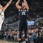 New Orleans Pelicans V Milwaukee Bucks Poster