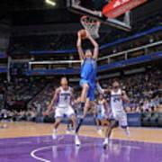 Dallas Mavericks V Sacramento Kings Poster