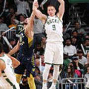 Indiana Pacers V Milwaukee Bucks Poster