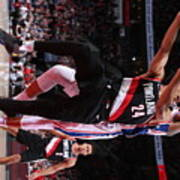 Philadelphia 76ers V Portland Trail Poster