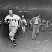 New York Giants Captain Alvin Dark Runs Poster