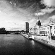The Custom House Custom House Quay And River Liffey Dublin Republic Of Ireland Poster