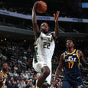Utah Jazz V Milwaukee Bucks Poster