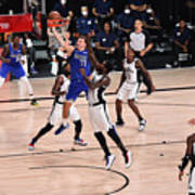 LA Clippers v Dallas Mavericks - Game Three Poster