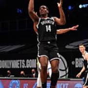 Golden State Warriors v Brooklyn Nets Poster