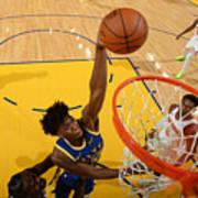 New York Knicks v Golden State Warriors Poster