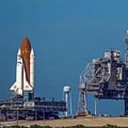 Space Shuttle Roll-around Art Print