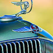 1933 Pontiac Hood Ornament - Emblem Art Print