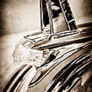 1953 Pontiac Hood Ornament Art Print