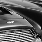 1960 Aston Martin Db4 Series II Grille - Hood Emblem Art Print