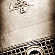 1960 Nash Metropolitan Hood Ornament - Grille Emblem Art Print