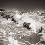 Bolonia Waves Art Print