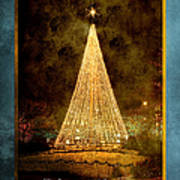 Christmas Tree In The City Art Print