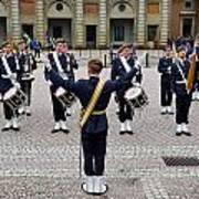 Guards Changing Shifts. Kungliga Slottet.gamla Stan. Stockholm 2 Art Print