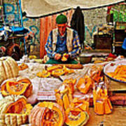 Man Peeling Squash In Antalya Street Market-turkey Art Print