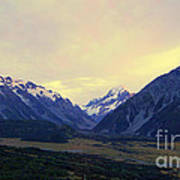 Sunrise On Aoraki Mount Cook In New Zealand Art Print