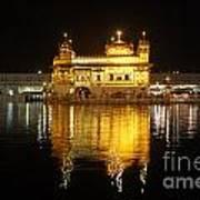 The Golden Temple At Amritsar At Night Art Print