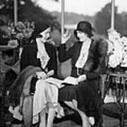 Two Women Talking Art Print
