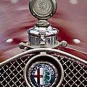 1931 Alfa-romeo Hood Ornament Art Print