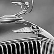 1933 Pontiac Hood Ornament - Emblem -0385bw Art Print