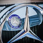1968 Mercedes-benz 280 Sl Roadster Emblem -0919c Art Print