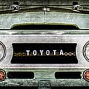 1969 Toyota Fj-40 Land Cruiser Grille Emblem -0444ac Art Print