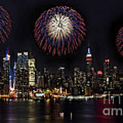 New York City Celebrates The 4th Art Print by Susan Candelario