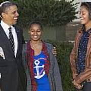 President Obama And Daughters Art Print by JP Tripp