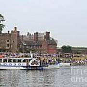 The Olympic Torch Leaves Hampton Court On The Final Leg Of Its J Art Print