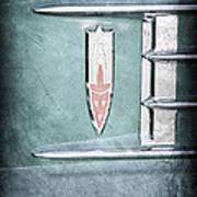 1958 Oldsmobile Emblem Art Print