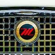 1959 Nash Metropolitan Grille Emblem Art Print