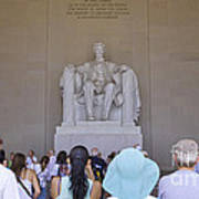 Visitors At The Lincoln Memorial Art Print