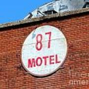 87 Motel Art Print
