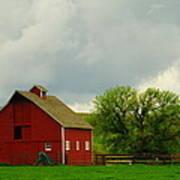 A Neat Red Barn Near Sheridan Wyoming Art Print