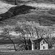 Abandoned Two-story Farmhouse - P Road Nw - Waterville - Washington - May 2013 Art Print