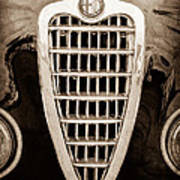 Alfa Romeo Milano Grille Emblem Art Print