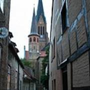 Alley In Schleswig - Germany Art Print