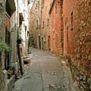Alley In Tourrette-sur-loup Art Print