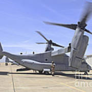 An Mv-22 Osprey Taxiing At Marine Corps Art Print