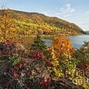 Autumn Along The Hudson Art Print